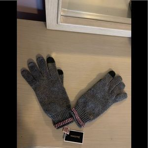 Juicy couture texting gloves with pink rhinestone